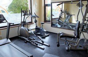 Rower eliptyczny – w czym może pomóc?